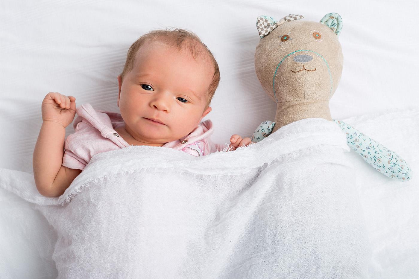 babyfotos kinder fotoshooting in wels. Black Bedroom Furniture Sets. Home Design Ideas
