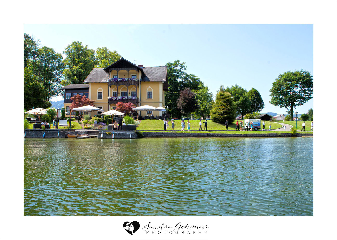 011_heiraten_am_see_spitzvilla_sandra_gehmair